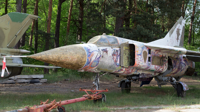 08 - Mikoyan-Gurevich MiG-23 Flogger - German Democratic Republic - Air Force