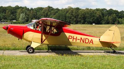 A picture of PHNDA - Piper PA12 Super Cruiser - [122918] - © C. v. Grinsven