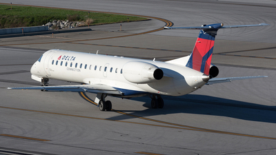N296SK - Embraer ERJ-145LR - Delta Connection (Chautauqua Airlines)