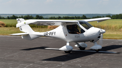 UR-PIFY - Flight Design CT-SW - Private