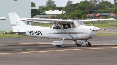 VH-IMS - Cessna 172R Skyhawk - Private