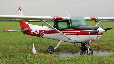 SP-KLH - Cessna 150 - Private