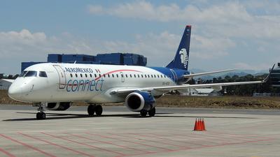 A picture of XAACS - Embraer E190LR - Aeromexico Connect - © Julio Letona