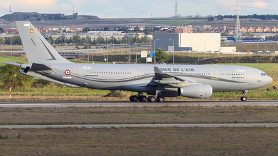 EC-338 - Airbus A330-243(MRTT) - France - Air Force