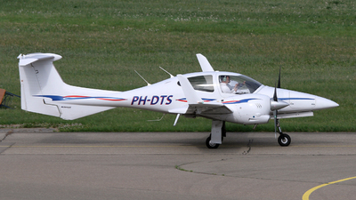 PH-DTS - Diamond DA-42 Twin Star - Wings over Holland