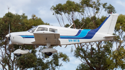 A picture of VHMTB - Piper PA28140 - [287525288] - © Dion Tidey