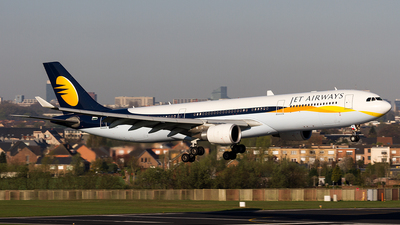 VT-JWU - Airbus A330-302 - Jet Airways