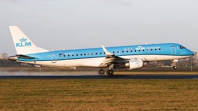 A picture of PHEZC - Embraer E190STD - KLM - © Joost Alexander