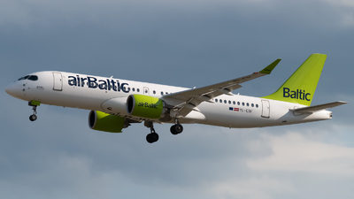 YL-CSI - Bombardier CSeries CS300 - Air Baltic
