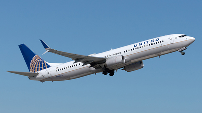A picture of N66893 - Boeing 737924(ER) - United Airlines - © Yixin Chen