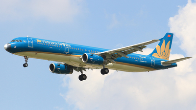 A picture of VNA359 - Airbus A321231 - Vietnam Airlines - © Toanla_SFAP