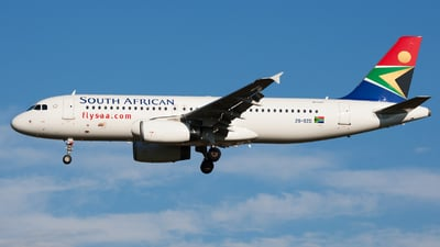 ZS-SZG - Airbus A320-232 - South African Airways
