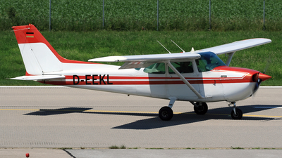 A picture of DEEKL - Cessna 172 Skyhawk - [17274303] - © Eddie Heisterkamp
