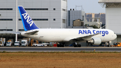 A picture of JA601F - Boeing 767381F(ER) - All Nippon Airways - © Egg_Shadowsine Aviation