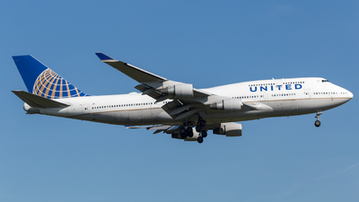N107UA - Boeing 747-422 - United Airlines