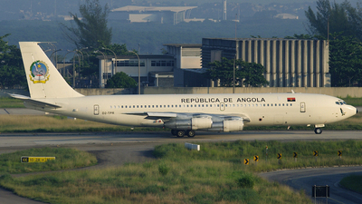 D2-TPR - Boeing 707-3J6B - Angola - Government