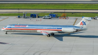 N9405T - McDonnell Douglas MD-83 - American Airlines