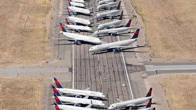 KVCV - Airport - Runway