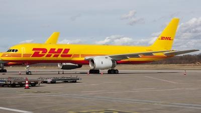 G-DHKG - Boeing 757-236(SF) - DHL (European Air Transport)