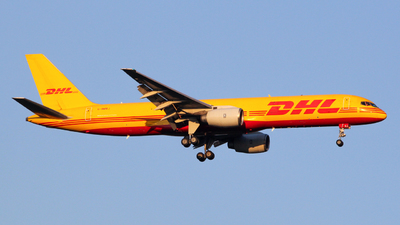 A picture of GBMRJ - Boeing 757236(SF) - DHL - © Luca Gussoni