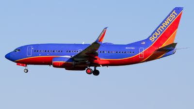 N262WN - Boeing 737-7H4 - Southwest Airlines