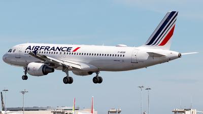 F-GKXR - Airbus A320-214 - Air France