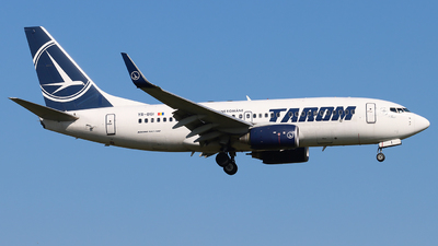 A picture of YRBGI - Boeing 73778J - Tarom - © Joost Alexander
