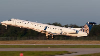 A picture of N12201 - Embraer ERJ145XR - United Airlines - © Brady Brooks