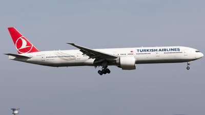 A picture of TCLJJ - Boeing 7773F2(ER) - Turkish Airlines - © Sierra Aviation Photography
