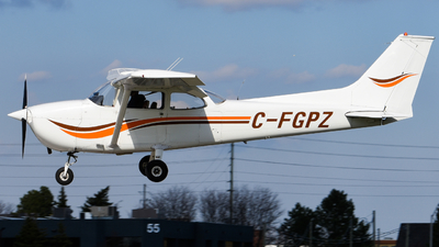 C-FGPZ - Cessna 172M Skyhawk - Canadian Flyers