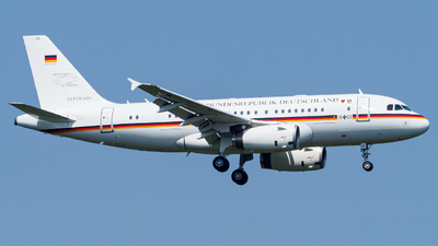 15-03 - Airbus A319-133(CJ) - Germany - Air Force