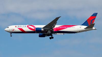 A picture of N845MH - Boeing 767432(ER) - Delta Air Lines - © Oliver Richter