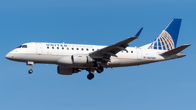 A picture of N979RP - Embraer E170SE - United Airlines - © Evan Dougherty