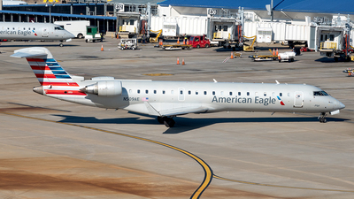 A picture of N509AE - Mitsubishi CRJ701ER - American Airlines - © Yan777