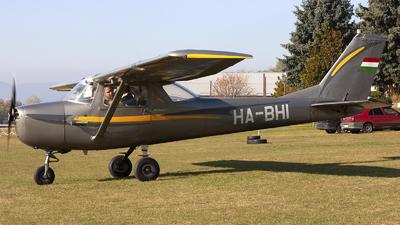 HA-BHI - Cessna 150J - Aero Club - Malév