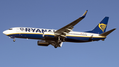 A picture of SPRSF - Boeing 7378AS - Ryanair - © Paul Spijkers