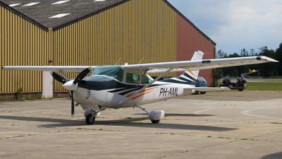 PH-AML - Cessna 182R Skylane II - Private