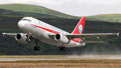 A picture of B6176 - Airbus A319133 - Sichuan Airlines - © cmqmc