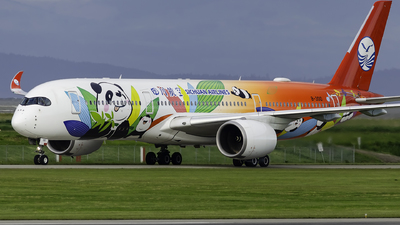 A picture of B301D - Airbus A350941 - Sichuan Airlines - © Christian Ordanza