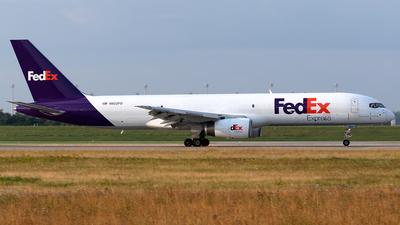 A picture of N922FD - Boeing 75723A(SF) - FedEx - © Maximilian Haertl
