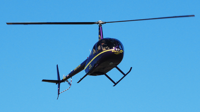 CX-CLL - Robinson R44 Raven II - Private