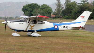 L-1802 - Cessna 182T Skylane - Indonesia - Air Force