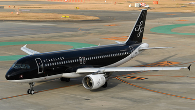 A picture of JA08MC - Airbus A320214 - Starflyer - © Nii