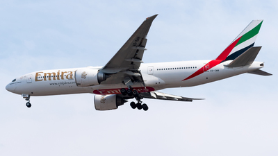 A6-EWB - Boeing 777-21HLR - Emirates