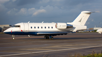LN-SUN - Bombardier CL-600-2B16 Challenger 604 - Sundt Air