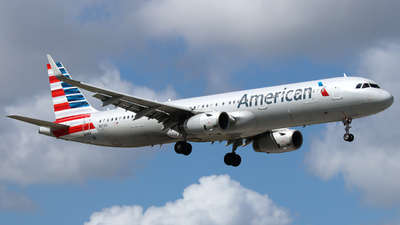 A picture of N121AN - Airbus A321231 - American Airlines - © Xiamen Air 849 Heavy