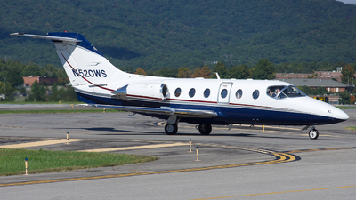 A picture of N520WS - Hawker 400 - [RJ53] - © Jake Oesterreich