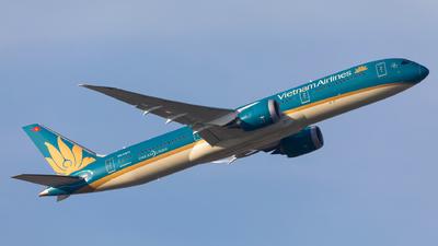 VN-A871 - Boeing 787-9 Dreamliner - Vietnam Airlines