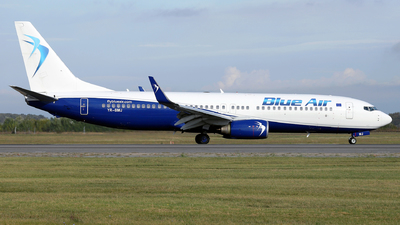 A picture of YRBMJ - Boeing 7378K5 - Blue Air - © Marin Ghe.