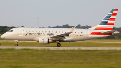 N821MD - Embraer 170-100SU - American Eagle (Republic Airways)